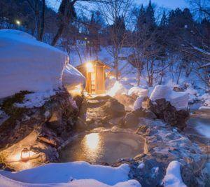 絶景冬の露天風呂