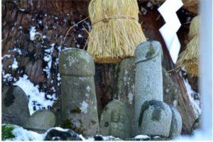 男根の石柱