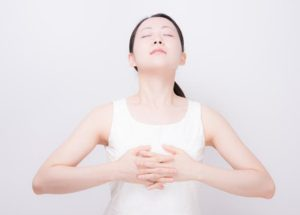 腹式呼吸 心の改善効果